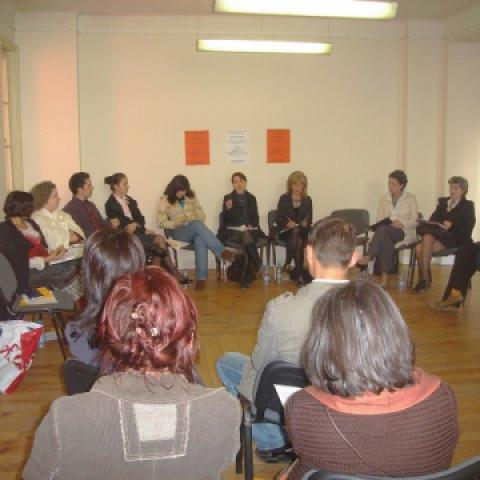 Round table: Being student abroad